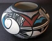 Beautiful Traditional Native American Hopi Bird Arizona Desert Pueblo Porcelain Pottery Bowl / Vase