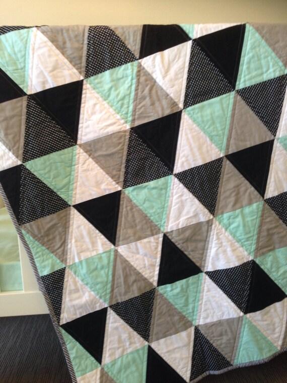Geometric Mint Triangle Cot Quilt Mint Grey Black
