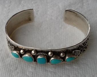 Vintage Navajo cuff bracelet sterling silver, natural turquoises