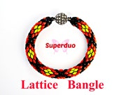 Tutorial Superduo Lattice Bangle Pattern. Super Duo or Twin Hole Beads. Suitable for all levels including beginners. By Butterfly Bead Kits