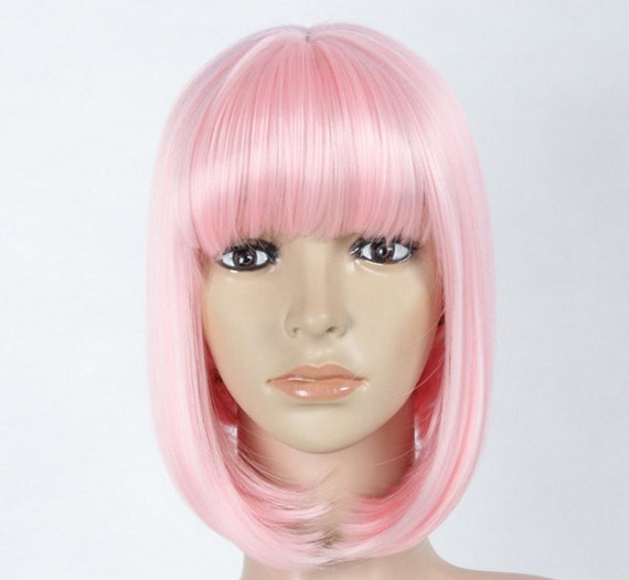 Light pink bob wig. Synthetic wig high quality by Wigglywigs