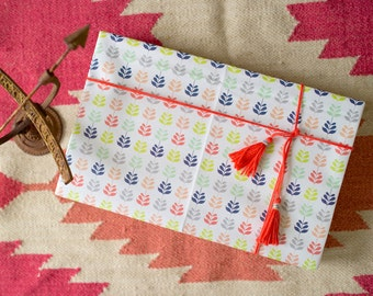 Satchel & Sage/ AK Woodworking Reversible Eco Gift Wrap (2 sheets)