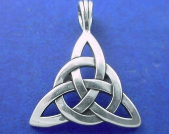 TRIQUETRA Pendant .925 Sterling Silver Celtic Knot, Trinity, Triskele, CIRCLE of LIFE - 9684