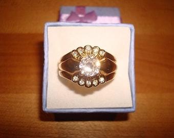 Simulated Diamond 9Kt Yellow GF Engagement Wedding Ring Set Size 10.25