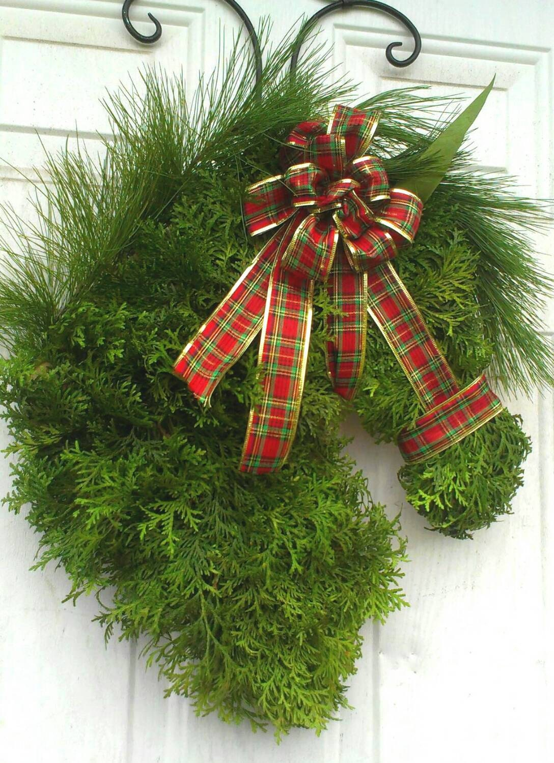 Handmade Christmas horse wreath made from arborvitae and long needle pine . (Preserved)