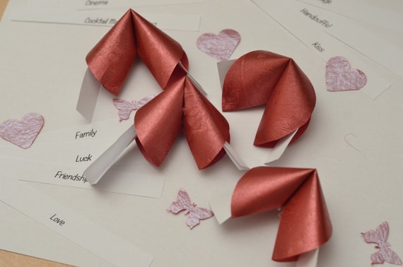 Red Origami Fortune Cookies Set of 10 / by PaperButterfliesM - photo#21
