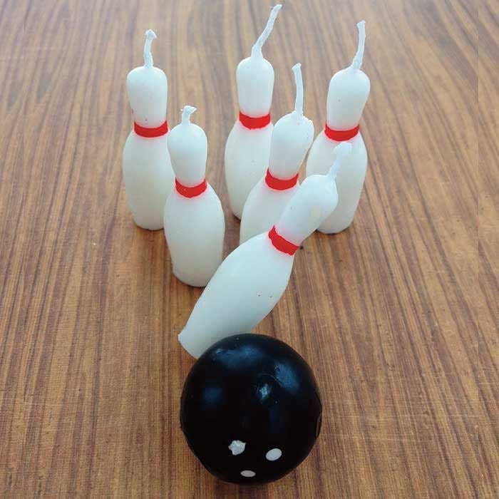Bowling pin candles cupcake cake toppers bowling ball novelty for Decoration quille de bowling