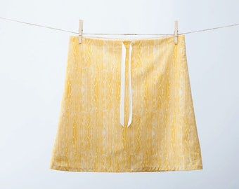 Clearance Sale ~ Aline Skirt ~ Yellow Woodgrain Fabric ~ Lined Aline Skirt ~ Ready to Ship ~ Sizes : XSmall, Small, Medium, Large