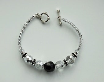 Elegant Handmade Crystal Bracelet with toggle clasp