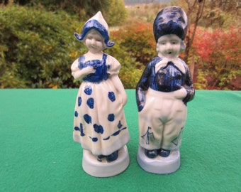 Pair Vintage Blue Holland Dutch Figurines