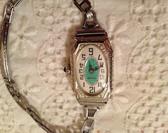 Beautiful Vintage Antique Ladies Gruen Wrist Watch