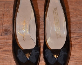 Vintage Estate Thompson Boland-Lee Le'bolyn Black Leather Bow Pump Size 11.5 (fits like a 10 - 10.5)