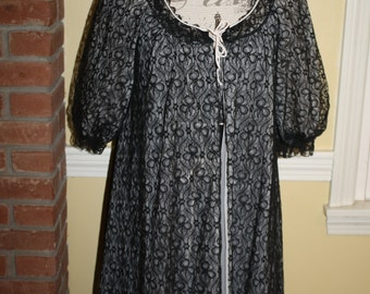 Stunning Black Peignoir Set Pin Up Black Lace Nightgown Robe