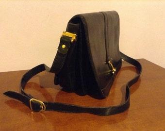 leather bag, black bag, stylish bag, black bag, bag, rigid, vintage bag,