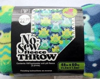 48'' No Sew Throw- Lilypad Frogs