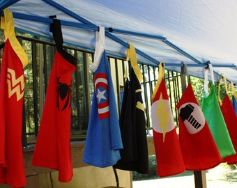 20 Capes Superhero Party Pack SAVE 30%