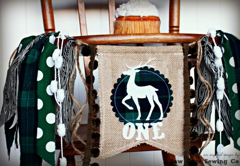 Woodland anniversaire chaise haute chaise haute banni re - A quel age mettre bebe dans la chaise haute ...