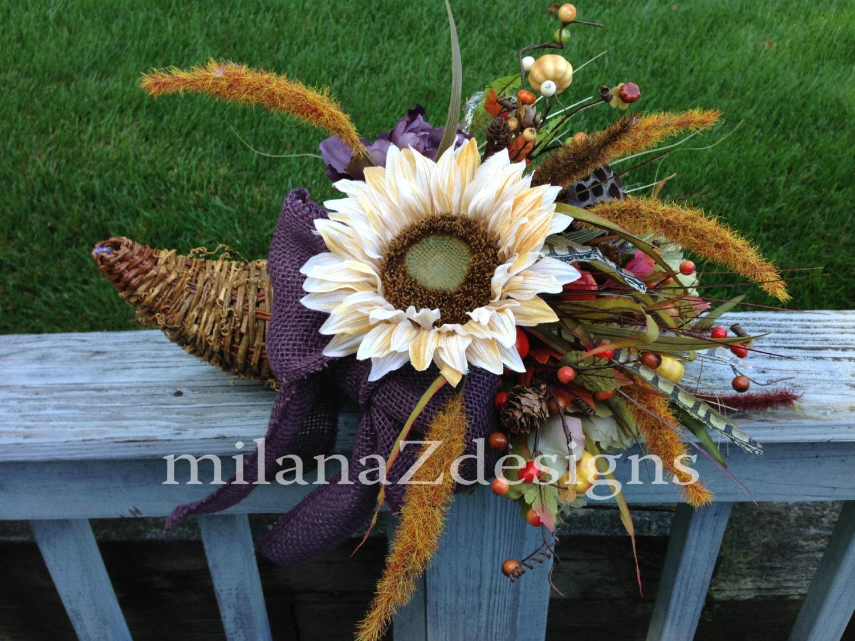 Cornucopia basket arrangement sunflower wreath fall table for Simple thanksgiving flower arrangements