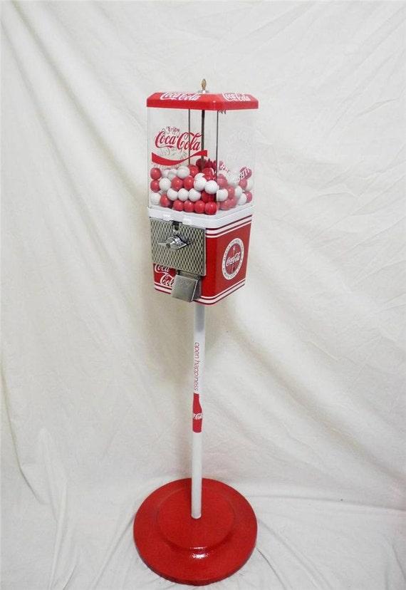 gumball machine candy machine bonbon vintage distributeur coca. Black Bedroom Furniture Sets. Home Design Ideas