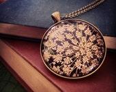 Queen Anne's Lace Photo Antique Brass Pendant Necklace - AKB-01-301