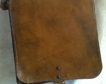 LIght Brown leather Handmade Messenger/Shoulder Bag