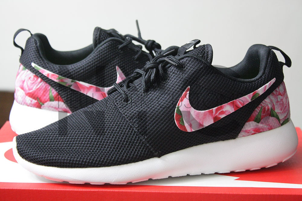 Ca Listing 201871682 Nike Roshe Run Black White Bushel Of Nike Roshe Sale