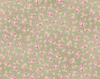 Mary Rose for Quiltgate Floral Bouquet Green (Half metre)