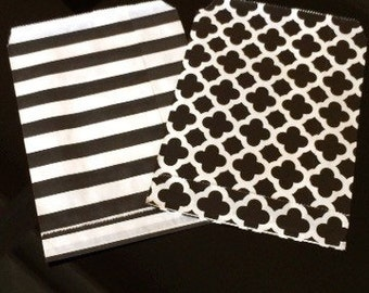 Black and White Striped Favor Bags - Set of 12