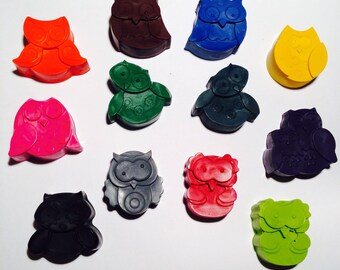 Owl Crayons! Party favors. Kids crafts. Sets of 12