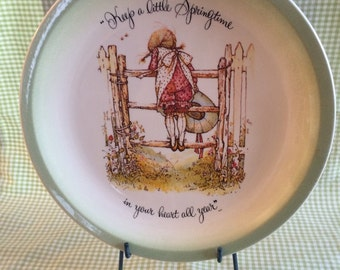 Holly Hobbie Collectors Edition Spring time Plate 1972