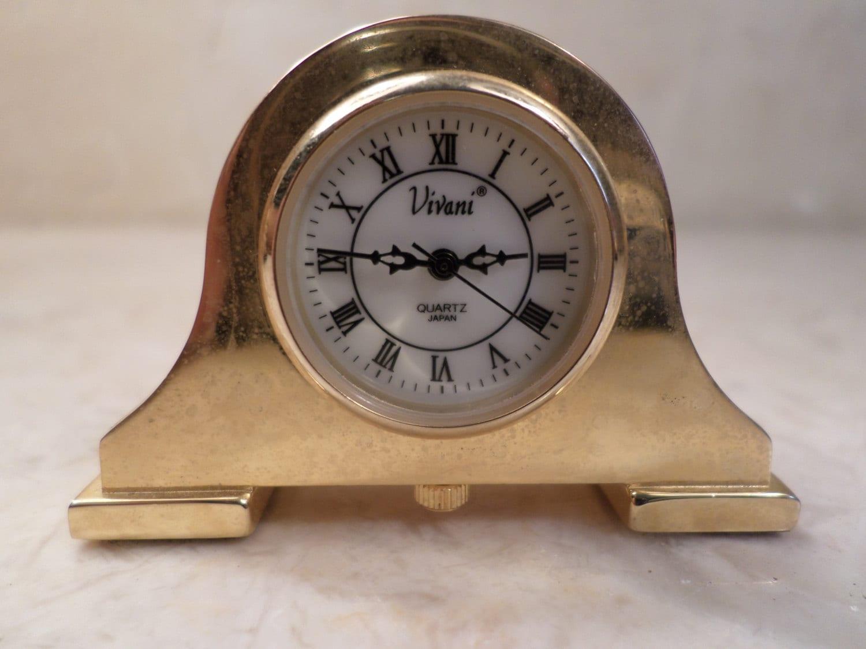 Vintage Miniature Vivani Desk Clock Quartz Movement Japan