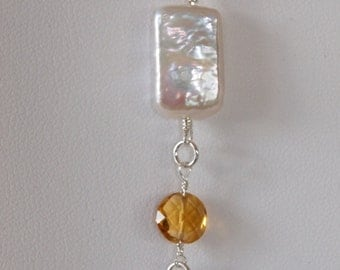 Sterling Silver Chain Necklace with Pendant in Citrine and Rectangular White Pearl