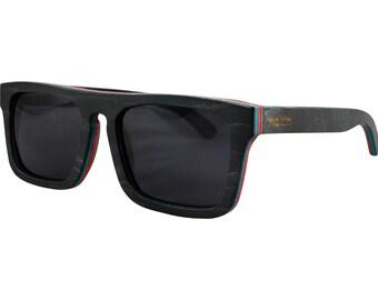 Wooden Sunglasses in Maple Wood - Wayfarer Style - 100% Handmade - Polarized Lenses – Optimum UV400 Protection (SUN06B)