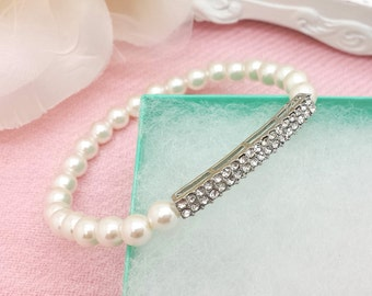 Wedding elegant bridal stretch Pearl Bracelet with Rhinestone Bar
