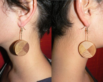 Round wood earrings, 8 species