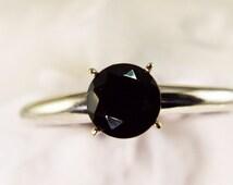 Solitare Black Spinel Ring