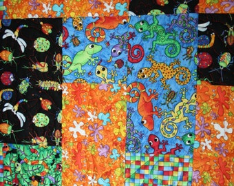 "Bright Twin ""Buggy"" Quilt - Bugs, Lizards and Worms"