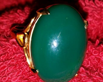 Gold Filled Green Cabochon Ring