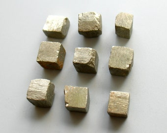 Cube Pyrite Specimens Nugget Undrilled ,Iron Pyrite Rough Nugget,Fools Gold Stone,Wire Wrap Jewelry Supply Ore Geometric Metallic 0889