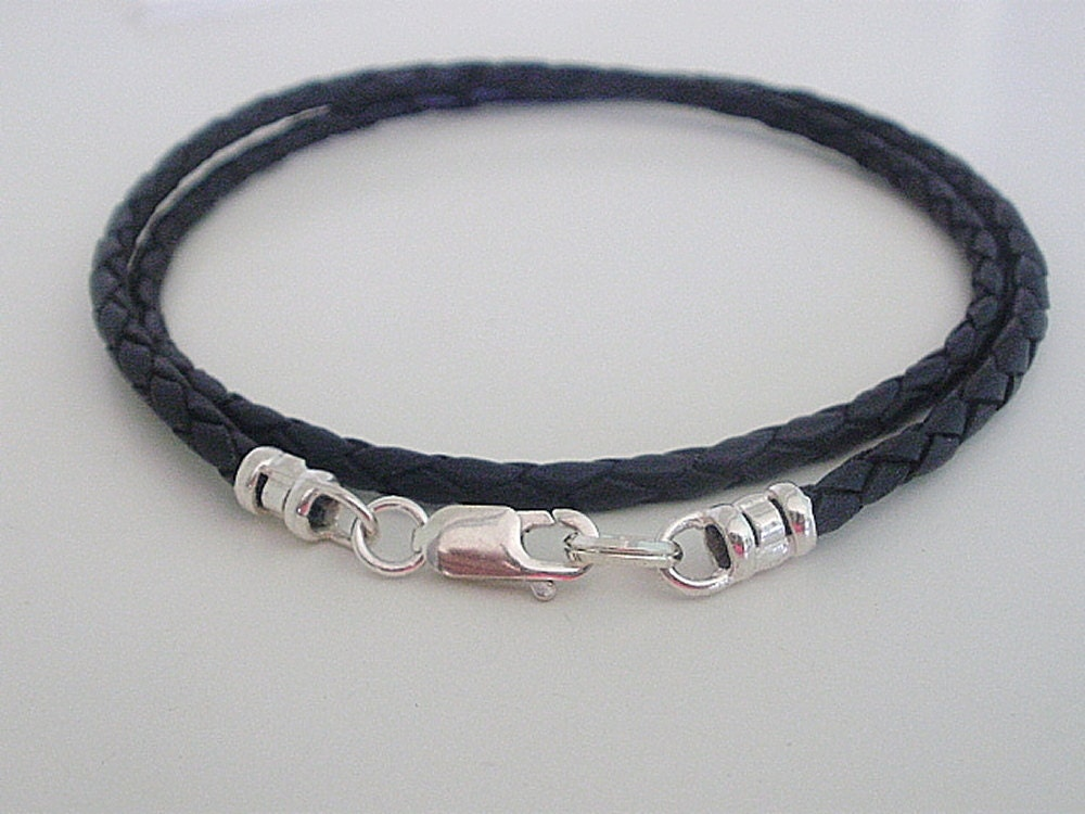 Sterling Silver Men's Necklaces: Find Men's Necklaces at great prices from rusticzcountrysstylexhomedecor.tk Your Online Men's Jewelry Store! Get 5% in rewards with Club O! Handmade Holy Sacrifice Black Braided Leather Cord with Sterling Silver Cross Pendant Necklace (Indonesia) 56 Reviews.