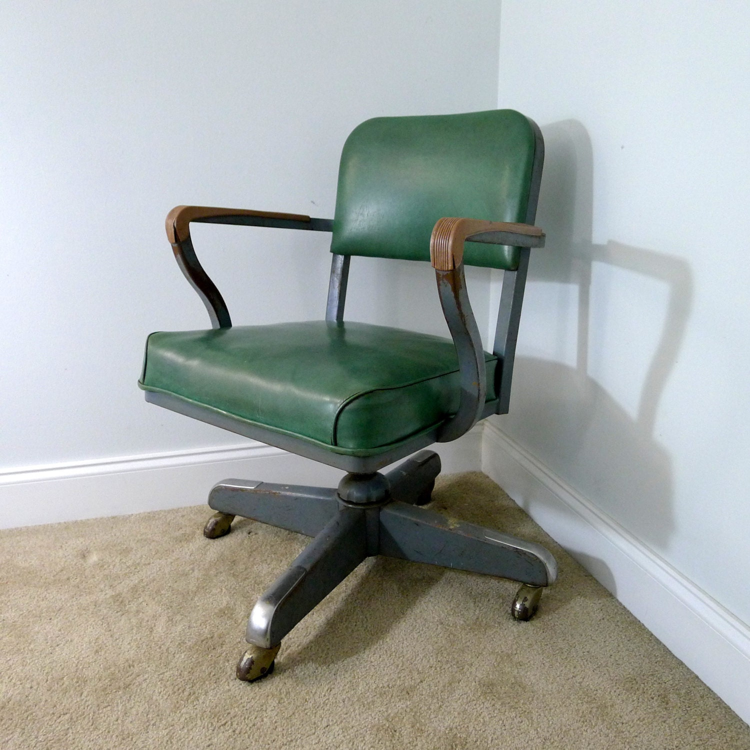 vintage green steelcase green vinyl desk chair steel
