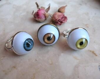 Human Eye ring 18mm cabochon / Hipster ring / Devil Halloween eye ring