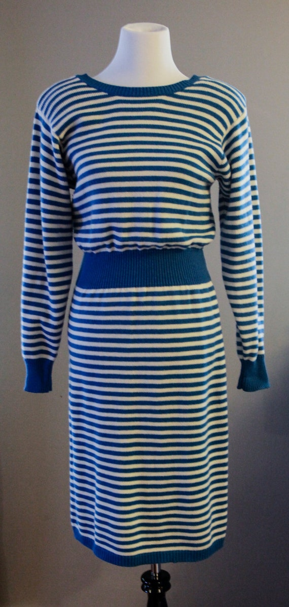 Looking for wholesale bulk discount blue and white striped sweater cheap online drop shipping? distrib-ah3euse9.tk offers a large selection of discount cheap blue and white striped sweater at .