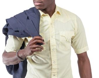 1950's Vintage light yellow Men's Short Sleeve Button Up Shirt