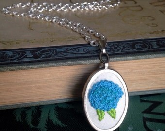 Blue hydrangea embroidered silver pendant necklace
