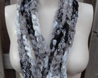 Crochet fashion loop scarf