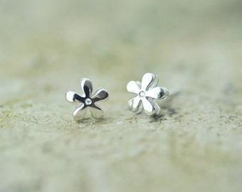 Earrings——925 Sterling Silver Flower Earrings,Tiny Silver Earring Studs