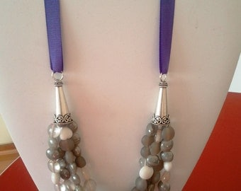 Metal and Ribbon glass beads necklace