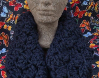 Extra Long Chunky Infinity Scarf in True Black
