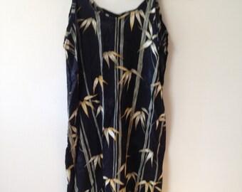 XS Vtg Printed Dress